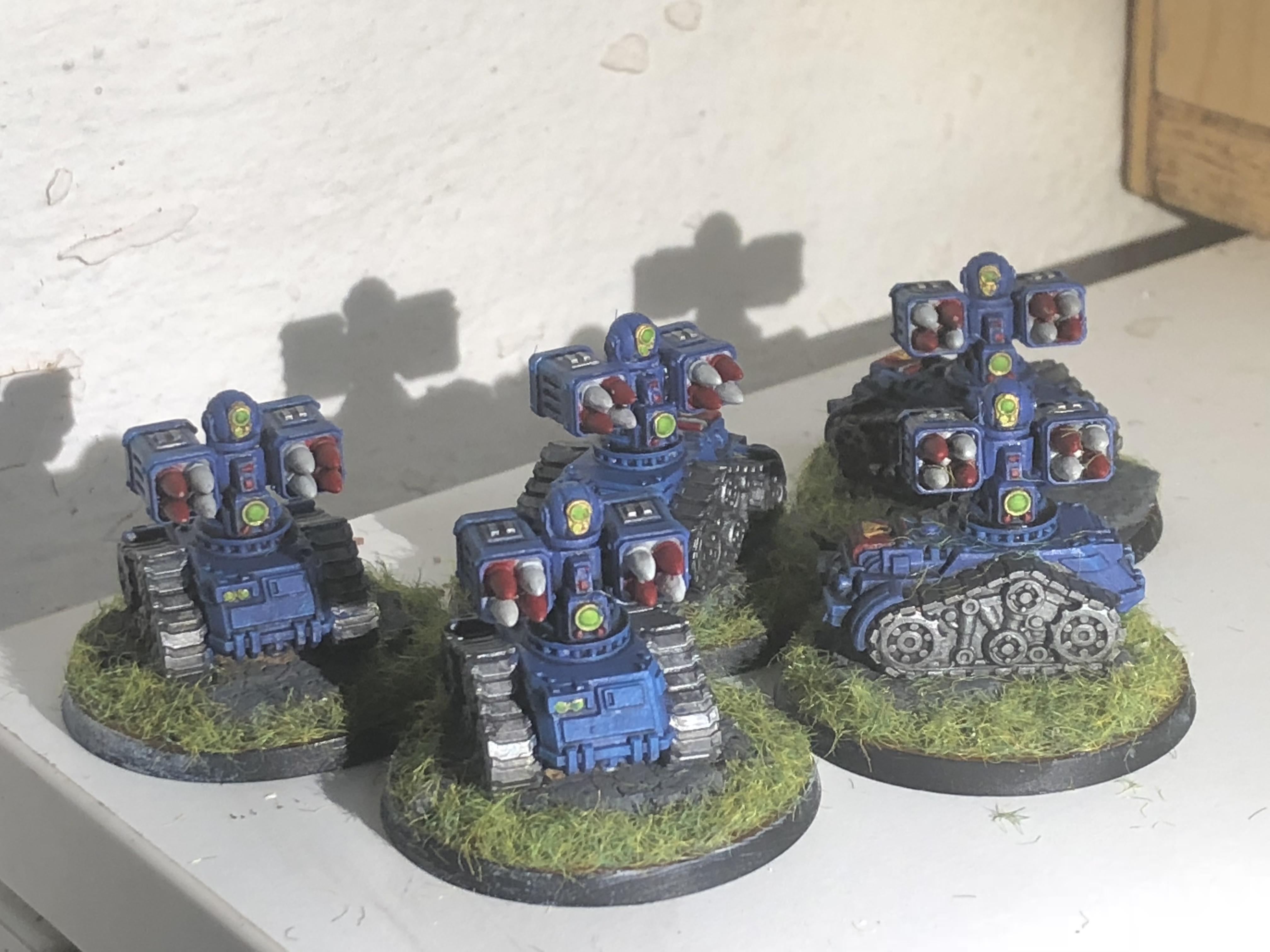 Mini robot tanks