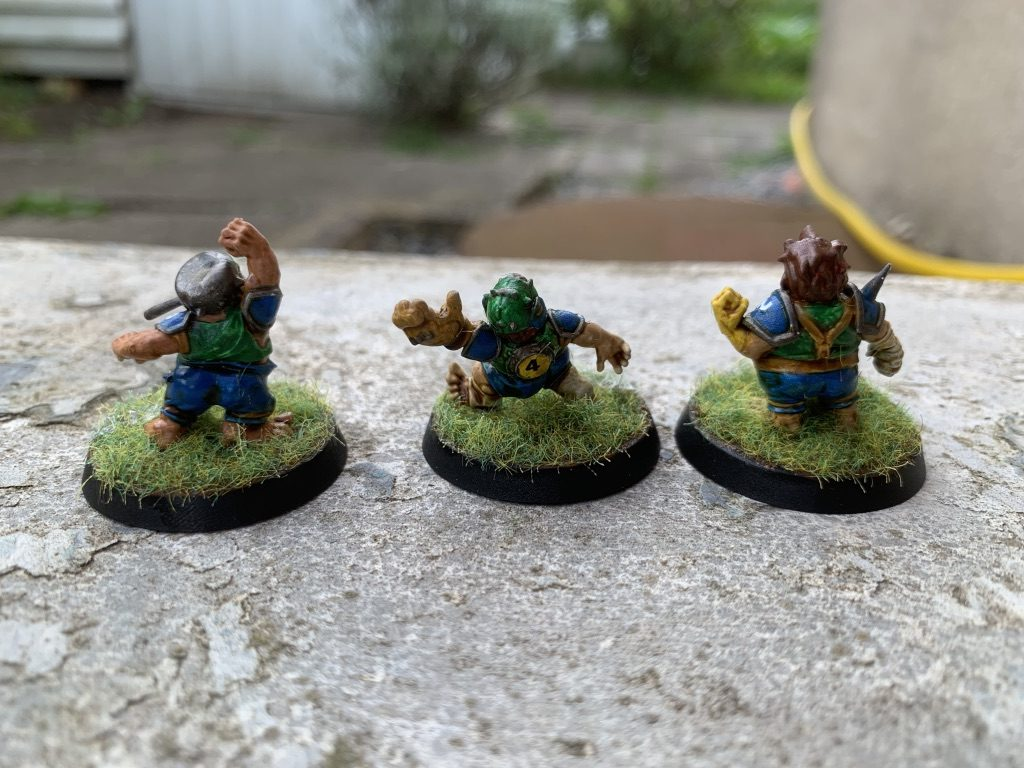 Tre halflings mere til Cloverfield Stompers [Blood Bowl]